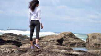 Nemilosrdné legíny: Jak nosit módní kousek, který odhalí každou nedokonalost