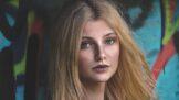 Thumbnail # Veronika (26): Začala jsem si s kolegou z práce. On se k našemu vztahu odmítá přiznat