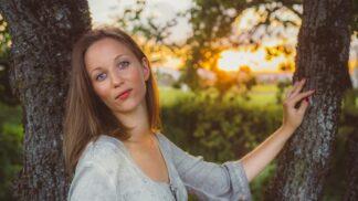 Thumbnail # Věrka (35): Manžel mě srovnává smou matkou a neustále mě špehuje
