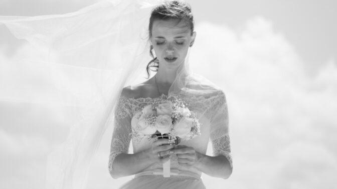 Eva (29): Řekla jsem jen promiň a utekla od oltáře. Rozhodla jsem se žít podle sebe