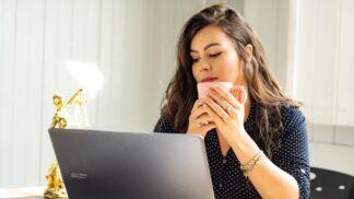Ivana (29): Přítel kouká na nemravnosti a mě odmítá. V počítači jsem našla otřesné důkazy # Thumbnail