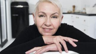 Marie (58): Na pohřbu manžela jsem se zamilovala. Všichni mě za to pomluvili