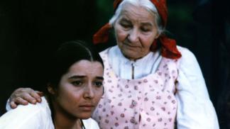 Thumbnail # Libuše Geprtová získala roli Viktorky v Babičce kvůli uhrančivým očím: Prokletí rodiny se ovšem nevyhnula