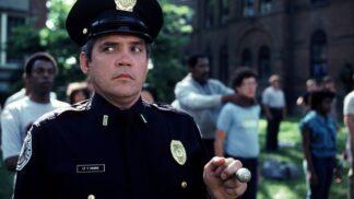Thumbnail # Policejní akademie: Představitel kapitána Harrise byl tak opilý, že si z natáčení nic nepamatuje