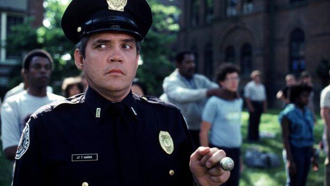 Policejní akademie: Představitel kapitána Harrise byl tak opilý, že si z natáčení nic nepamatuje