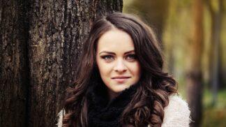 Thumbnail # Kristýna (27): Sousedka to asi nemá v hlavě v pořádku. Chtěla mě s přítelem rozeštvat pomocí černé magie