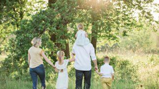 Helikoptérové rodičovství: Chyba, kvůli které z dítěte nevychováte šťastného dospěláka # Thumbnail