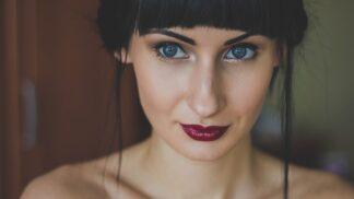 Zuzana (28): Chtěla bych chlapa, ale nemůžu o pořádného zavadit. Nadřízený mi udělal nabídku