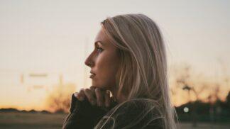 Ester (36): Manžel finančně vypomohl bratrovi. Reakce švagra mě nemile zaskočila