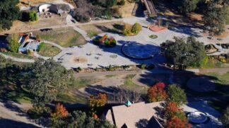 Thumbnail # Dříve tam byly kolotoče i zoo. Co se stalo s rančem Neverland po smrti Michaela Jacksona?