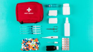 Thumbnail # Vybavte se na výlet i dovolenou: Záchranářka radí, co nesmí chybět v cestovní lékárničce