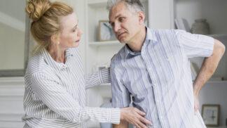 Iva (52): Manžel lhal o svém zdraví. Když začal omylem kulhat na druhou nohu, vyhodila jsem ho