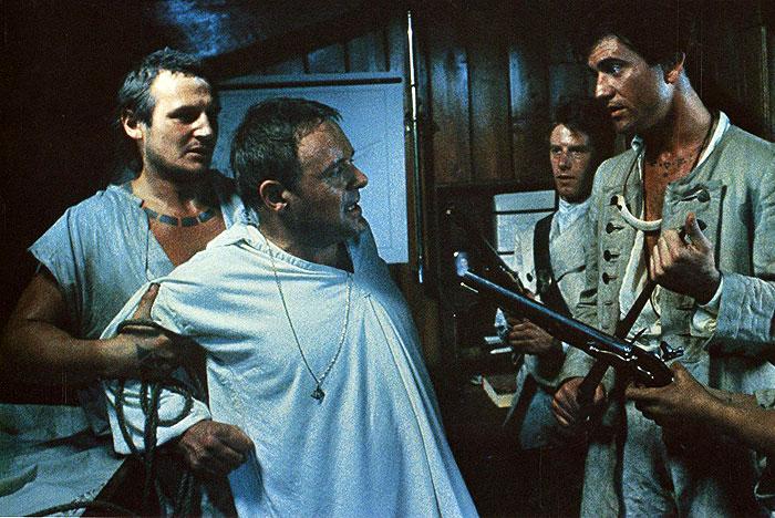 Thumbnail # Bounty: Filmaři nechali zhotovit přesnou repliku historické fregaty za miliony…