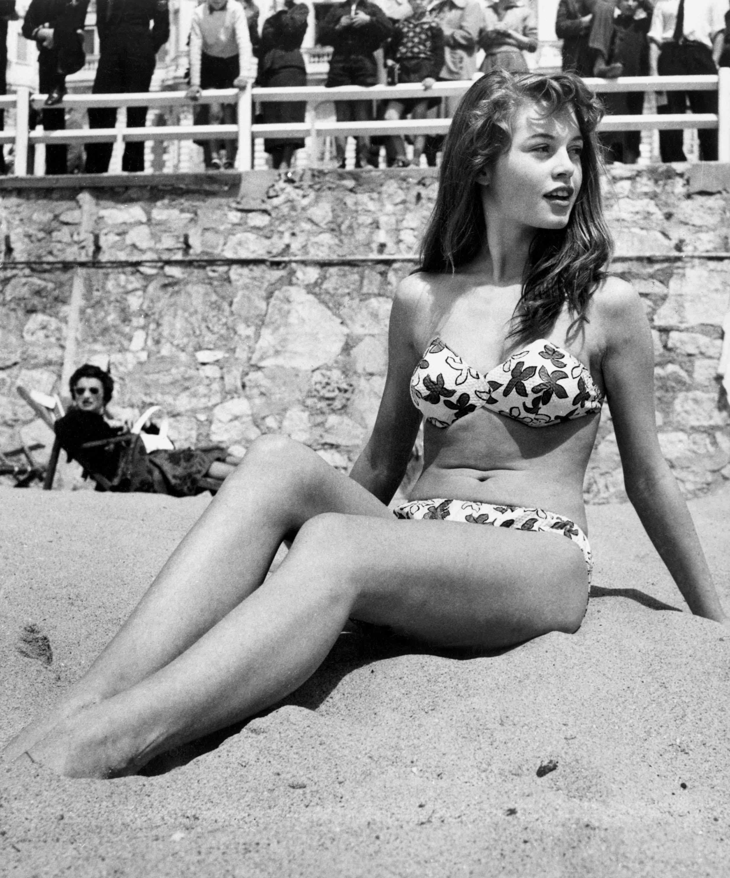 Thumbnail # Brigitte Bardot: Kráska, které se v dětství posmívali…