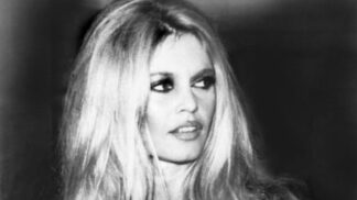 Brigitte Bardot slaví 86. narozeniny: Několikrát se pokusila o sebevraždu. Celý život hledala pana Dokonalého