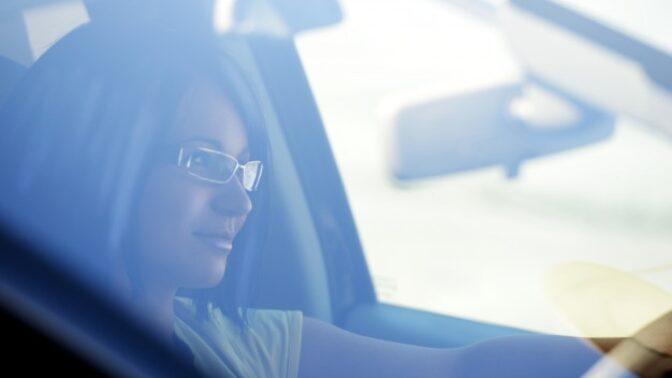 Karina (19): Svoji delší první jízdu autem si budu pamatovat celý život, zažila jsem něco děsivého