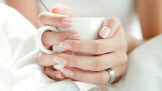 Jak správně pečovat o nehty v zimě: Zamezte lámání a třepení snadno a rychle