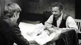 Thumbnail # Lásky mezi kapkami deště: Rudolf Hrušínský během natáčení skutečně trpěl…