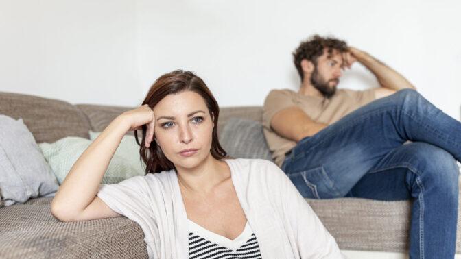 Romana (33): Už na jaře jsme se málem rozvedli. Teď musíme být zase doma a já to nedám