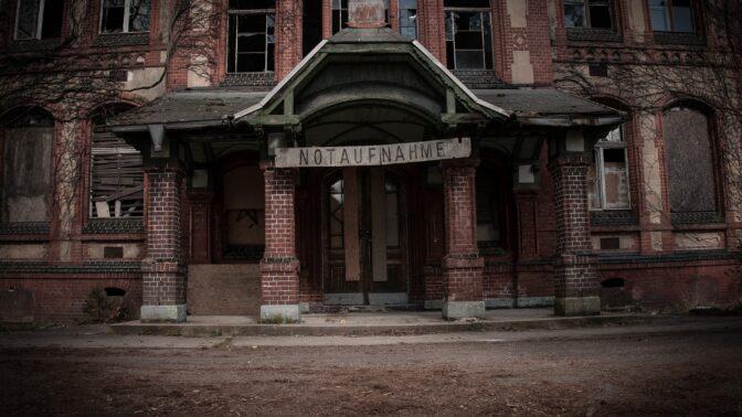 Záhadné sanatorium Beelitz: Léčil se tu Hitler, dnes je to město duchů