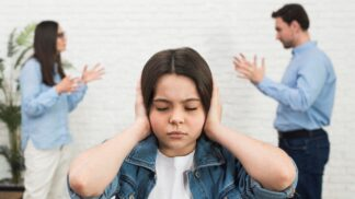 Nerozvedli jste se zrovna ukázkově a vaše děti tím trpí? Vždy pro ně můžete něco udělat, říká psychoterapeutka