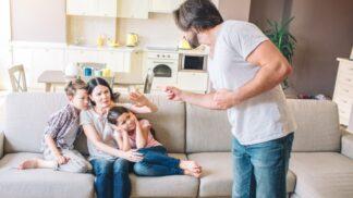 8 signálů, že žijete s manipulátorem a měla byste vzít nohy na ramena