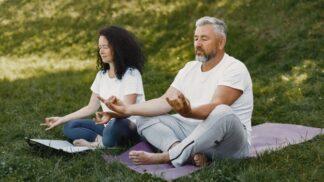 Bohumil (49): Díky nouzovému stavu máme na sebe s ženou více času. Přišla s meditací, která mi pomohla s velkým problémem