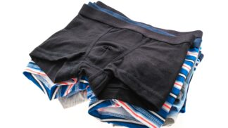 22 procent mužů si nemění prádlo denně. Ohrožují své zdraví, varují odborníci