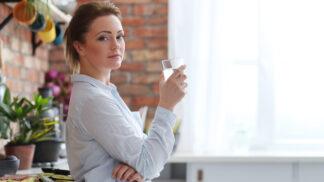Linda (34): Všichni se smějí, že jsem si vykrmila manžela, ale on se pořád cpe. Odpuzuje mě to