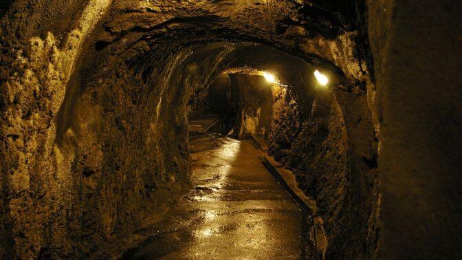 Jihlavské podzemí: V tajemné chodbě Svítivce, kterou vytvořili nacisté, se podařilo natočit záhadný přízrak