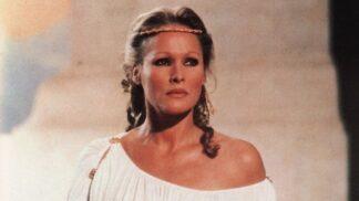Hvězda filmu Souboj Titánů Ursula Andress: Bond girl, která se ráda fotila nahá a rozbila Belmondovi manželství
