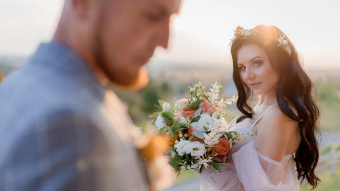 Lenka (32): Manželovi šel za svědka můj bývalý přítel. Nedopadlo to dobře