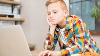 Má vaše dítě problémy s chováním? Zkuste vyřadit jednu zásadní potravinu z jídelníčku, radí psychoterapeutka