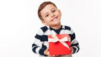 """Kolik dárků od Ježíška je ,,tak akorát""""? Odbornice upozorňuje na jedno skryté nebezpečí"""