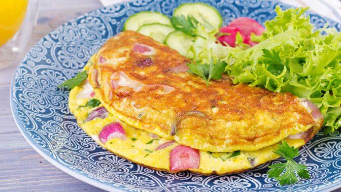 Báječná selská omeleta: Neobyčejná nedělní večeře ve stylu co dům dal