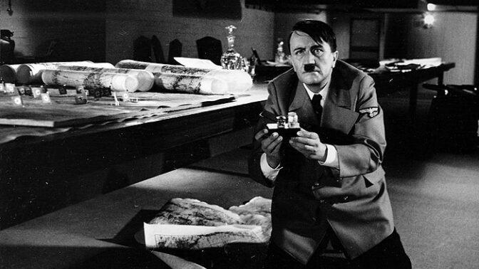 Zítra vstanu a opařím se čajem: Krutý osud filmového Hitlera, vzal si život v koupelně
