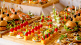 Silvestr a dieta: Jak se pestře najíst a nelitovat toho