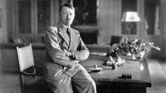 Vůdce na drogách: Hitler neudělal bez svého dealera ani krok, dostal až 800 injekcí