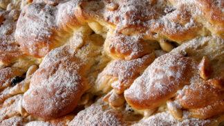 Nejlepší máslová vánočka: Jak na tu tradiční plnou rozinek a mandlí