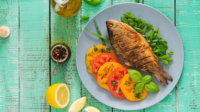 Jak na odlehčenou variantu štědrovečerní večeře: Dietnější polévka, bramborový salát i ryba