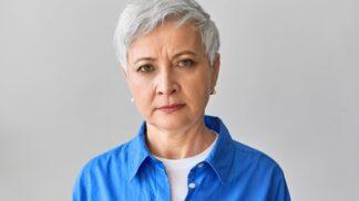 Ludmila (56): Syn si vzal za ženu učitelku češtiny. Skoro se před ní bojím mluvit