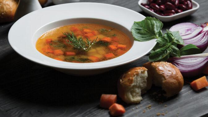 Jak připravit poctivý hovězí vývar: Uděláte z něj polévku i základ pro omáčku