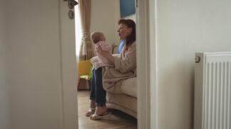 Aneta (30): Kamarádka mi hlídala dceru. Když jsem slyšela, co jí říká, zhrozila jsem se