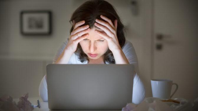 Dana (38): Vyhýbám se hrátkám s manželem a čekám, až usne. Asi to tuší, protože večer pije kávu