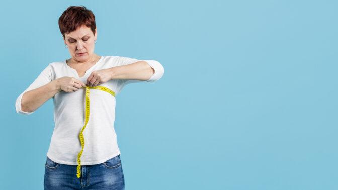 Bedřiška (51): Manžel je obézní, že si ani boty nezaváže, a mně nadává, že jsem přibrala tři kila