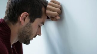 Lukáš (32): Manželka mě doma k ničemu nepustí. Přijdu si zcela nemožně