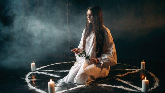 Tereza (24): Náhle mi zemřela sestra. Pro spojení s ní jsem použila černou magii. Nebyl to dobrý nápad