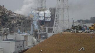 Fukušima aneb Černobyl v Japonsku: Výbuch reaktorů způsobila vlna tsunami, ale i nekompetentní personál