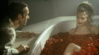 Americká krása: Létající chřest, erotické scény pod dohledem rodičů a další zajímavosti o filmovém hitu