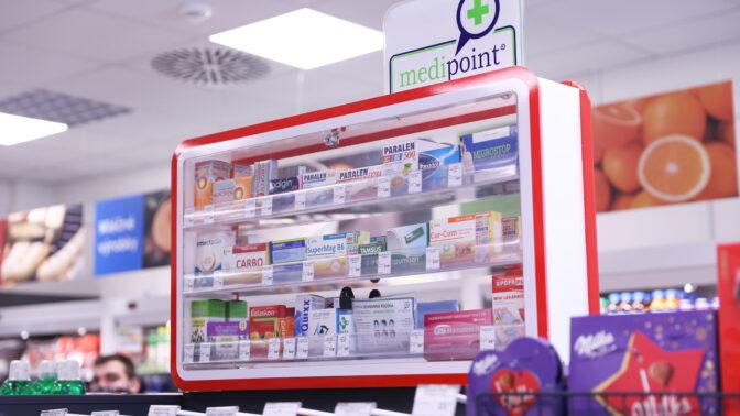 Nový trend: Léky na bolest hlavy či chřipku seženete i samoobsluze